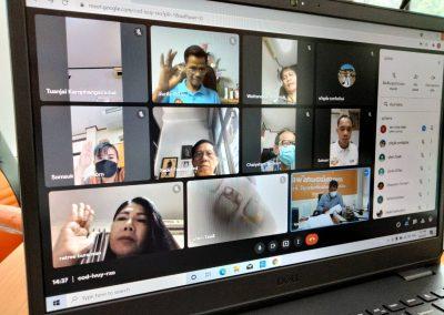 วันที่ 9 กันยายน 2564 ประชุมคณะกรรมการดำเนินการชุดที่19 ครั้งที่ 9/2564 โดยมี ว่าที่ร้อยตรี จารุวิทย์ สาระเดโช เป็นประธานในการประชุม พร้อมด้วยเจ้าหน้าที่สหกรณ์ฯ ผ่านระบบ google meet
